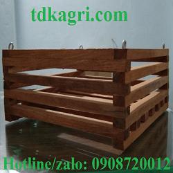 chậu gỗ trồng lan vuông 2